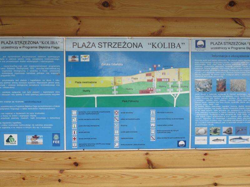Tablica informacyjna Błękitnej Flagi Koliba w Sopocie